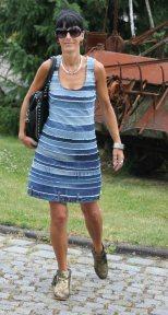 robe avec des lanieres de jean