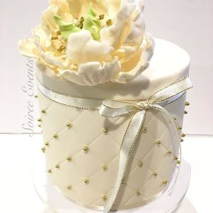 quilted peony cake ivory