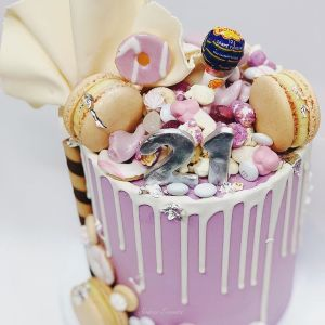 Pastel Purple Dreamland drip cake