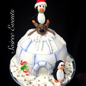 igloo penguin christmas cake 1