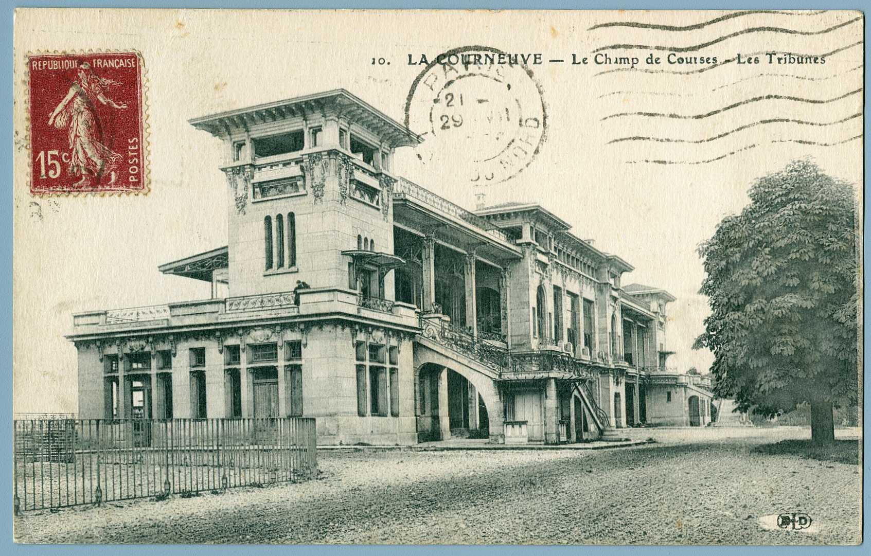1913-Tribune d'honneur-vue arrière-archivescourneuve