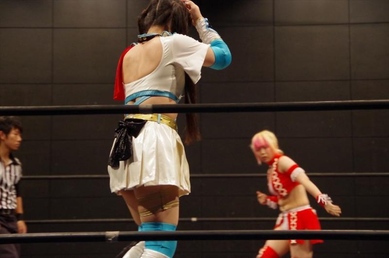 Wrestling seiyuu Ai Shimizu wins her first pro wrestling title