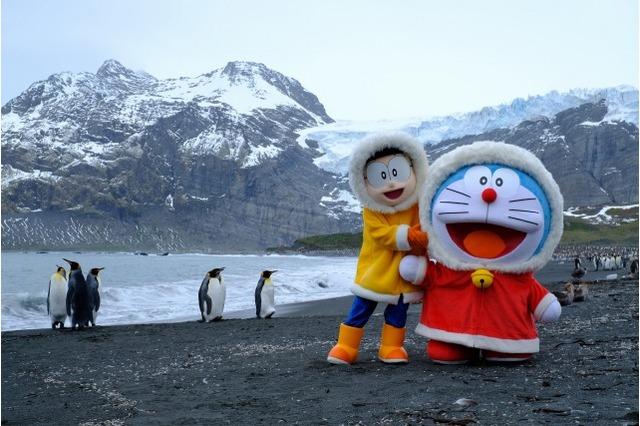 Doraemon and Nobita Physically Visited Antarctica to Promote New Film