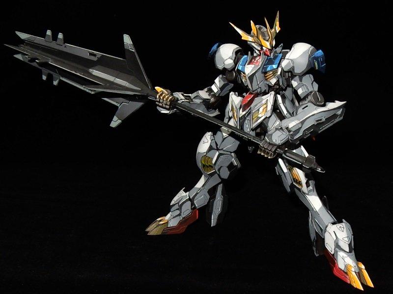 Custom Gundam Barbatos GunPla Looks Like a 2D Illustration