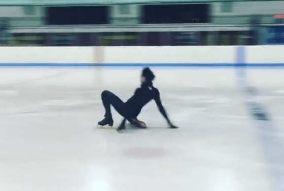 Olympic figure skater John Weir does yet another Yuri on Ice-inspired performance