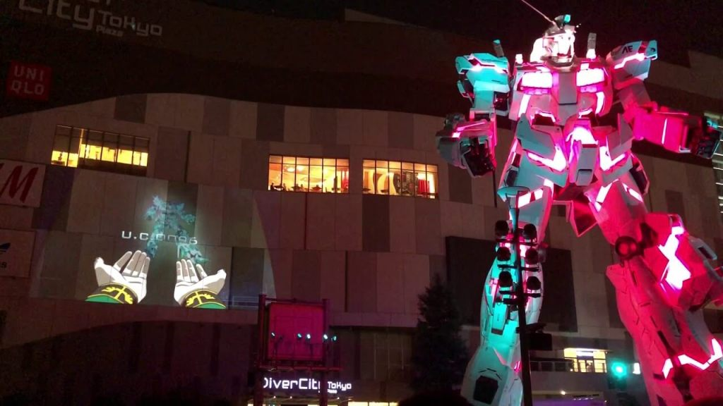 Check out the life-size Unicorn Gundam's very first projection mapping show