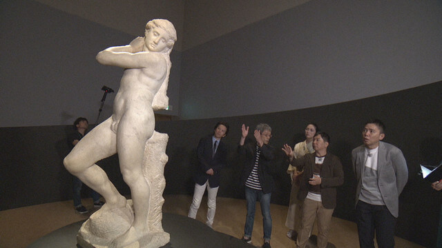 Hirohiko Araki Goes on a 'Bizarre Adventure' in a Museum for TV show