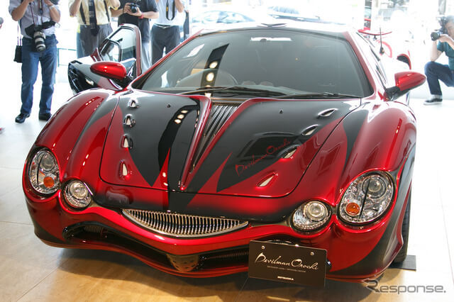 Devilman gets its own Mitsuoka Orochi model car, and Go Nagai presented it himself!