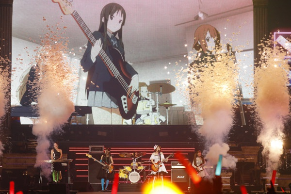 Houkago Tea Time reunites for surprise Animelo performance