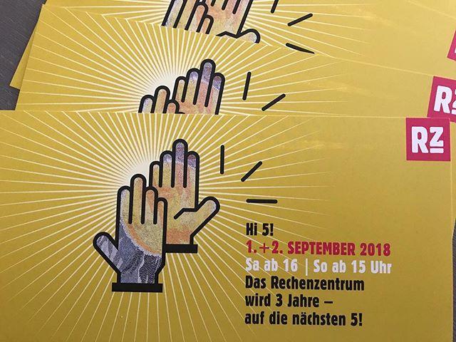 Hi 5! Das Rechenzentrum Potsdam wird 3 Jahre. Auf die nächsten 5 ️ Heute und morgen wird gefeiert mit Getöse und TamTam.#potsdam #berlin #art #exhibition #ausstellung - from Instagram