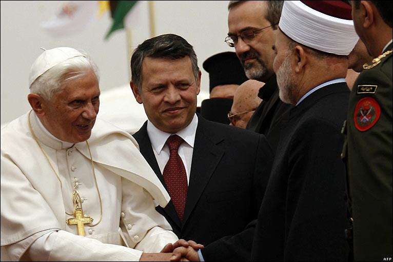 Pope Benedict visiting Jordan (3/6)
