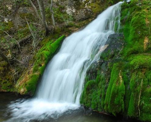Ozren Sokobanja vodopad iznad jezera