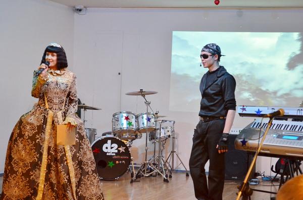 Христианская исполнительница Светлана Малова и группа заключённых «Борский этап» презентовали совместный музыкальный альбом