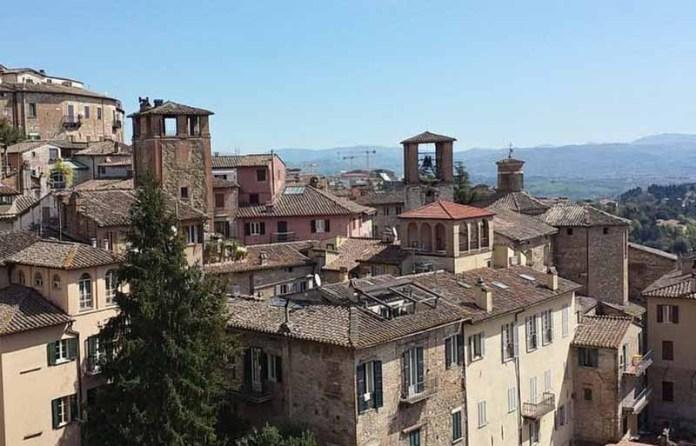 Члены церкви начинают действовать после смертельного землетрясения в Италии