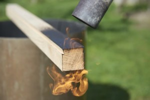 brûlage sur chêne