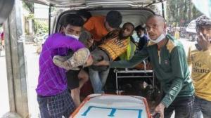 Η αστυνομία άνοιξε πυρ εναντίον μη αμειβόμενων εργαζομένων στο Μπαγκλαντές: Τουλάχιστον 5 νεκροί