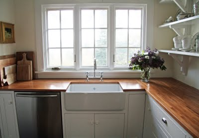 farmhouse sinks and wood countertops