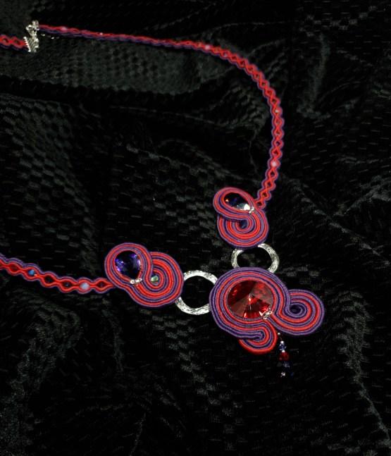 Solal Bijoux Haute Fantaisie collier mauve et rouge