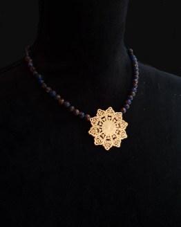 Solal Bijoux Haute Fantaisie collier aimanté de perles en quartz bleu et bronze