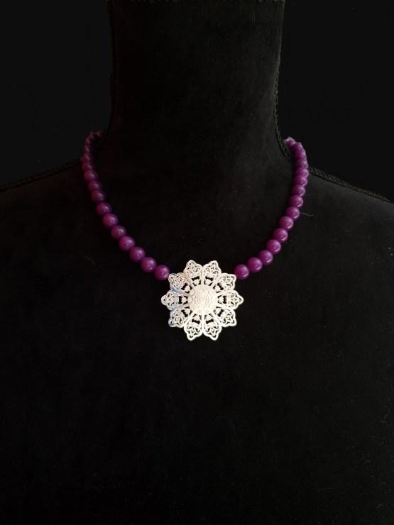 Solal Bijoux Haute Fantaisie collier aimanté en perles de jade mauve