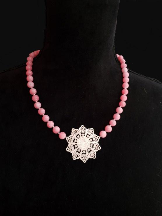 Solal Bijoux Haute Fantaisie collier aimanté de perles en jade rose