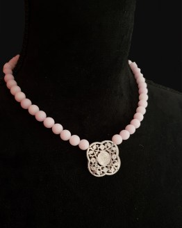 Solal Bijoux Haute Fantaisie collier aimanté en perles jade lilas pâle
