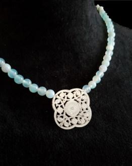 Solal Bijoux Haute Fantaisie collier aimanté de perles en agate vert d'eau