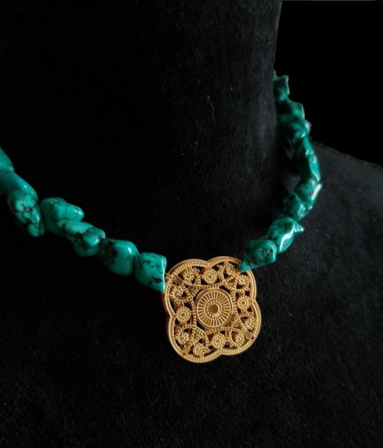 Solal Bijoux Haute Fantaisie collier aimanté de perles en howlite vert