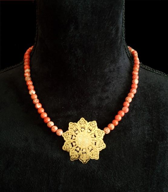 Solal Bijoux Haute Fantaisie collier aimanté de perles en jaspe impérial orange