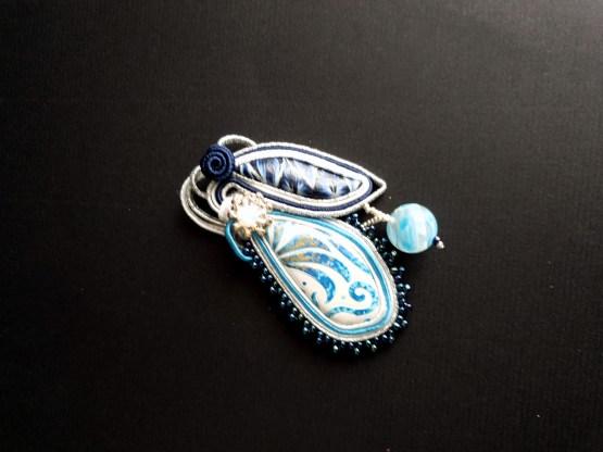 Bijou nomade bleu blanc et argent Solal Bijoux Haute Fantaisie