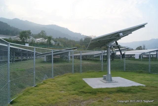 追尾式太陽光発電「クルパネくん」