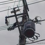 太陽光4号基:最短距離の連系を断念、電柱2本の代案か