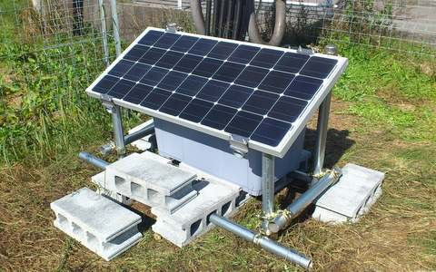遠隔監視の電源用オフグリッド・ソーラーパネル