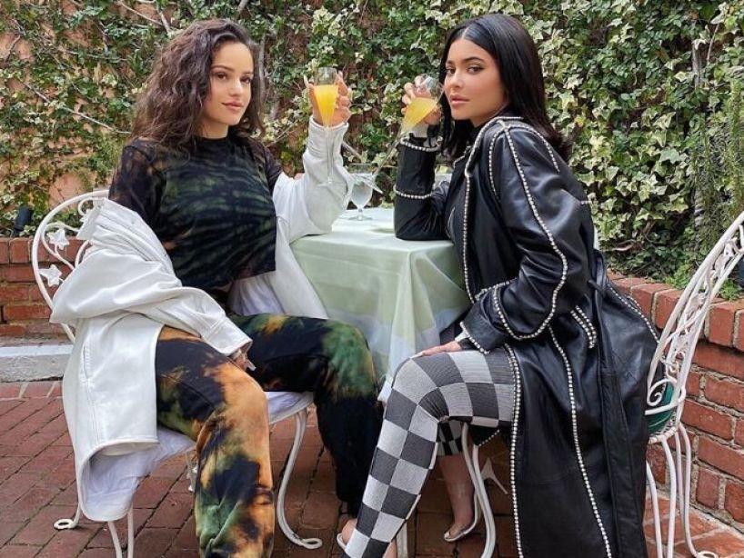 ¿Por qué Kylie Jenner dejó de seguir a Rosalía en Instagram? Surgen teorías sobre su amistad