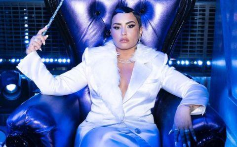 Demi Lovato habla sobre el reto del cambio de sus pronombres