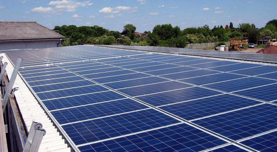 Gewerbliche Solaranlage der Arte Möbel GmbH