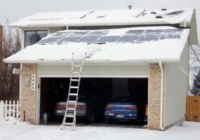 snow-solar-panels2