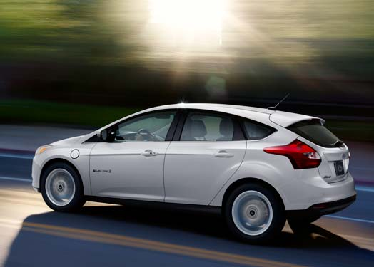 focus-electric-white-motion