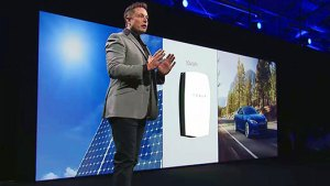 Tesla's Elon Musk unveils the Powerwall.