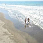 Walk in the beach - Solarena Seaside Beach Resort, Caba, La Union