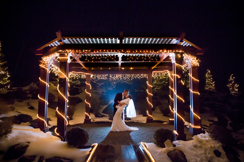 Robin & Matt - Atkinson Country Club Wedding