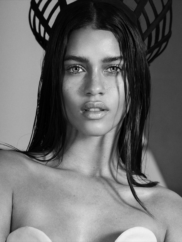 Brazilian Model Karol Santos  Sola Rey