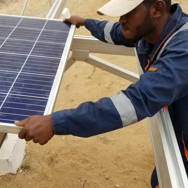 Box-Solar-Mini-Grid