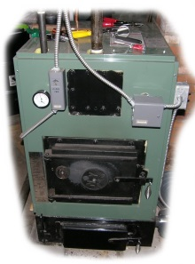 New Yorker wood boiler for turning wood into steam power.