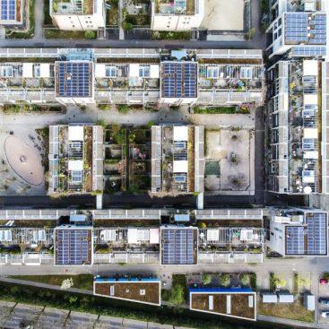 Solaranlage von Solarify auf Dächern der Wohnsiedlung Baumgartern in Bern