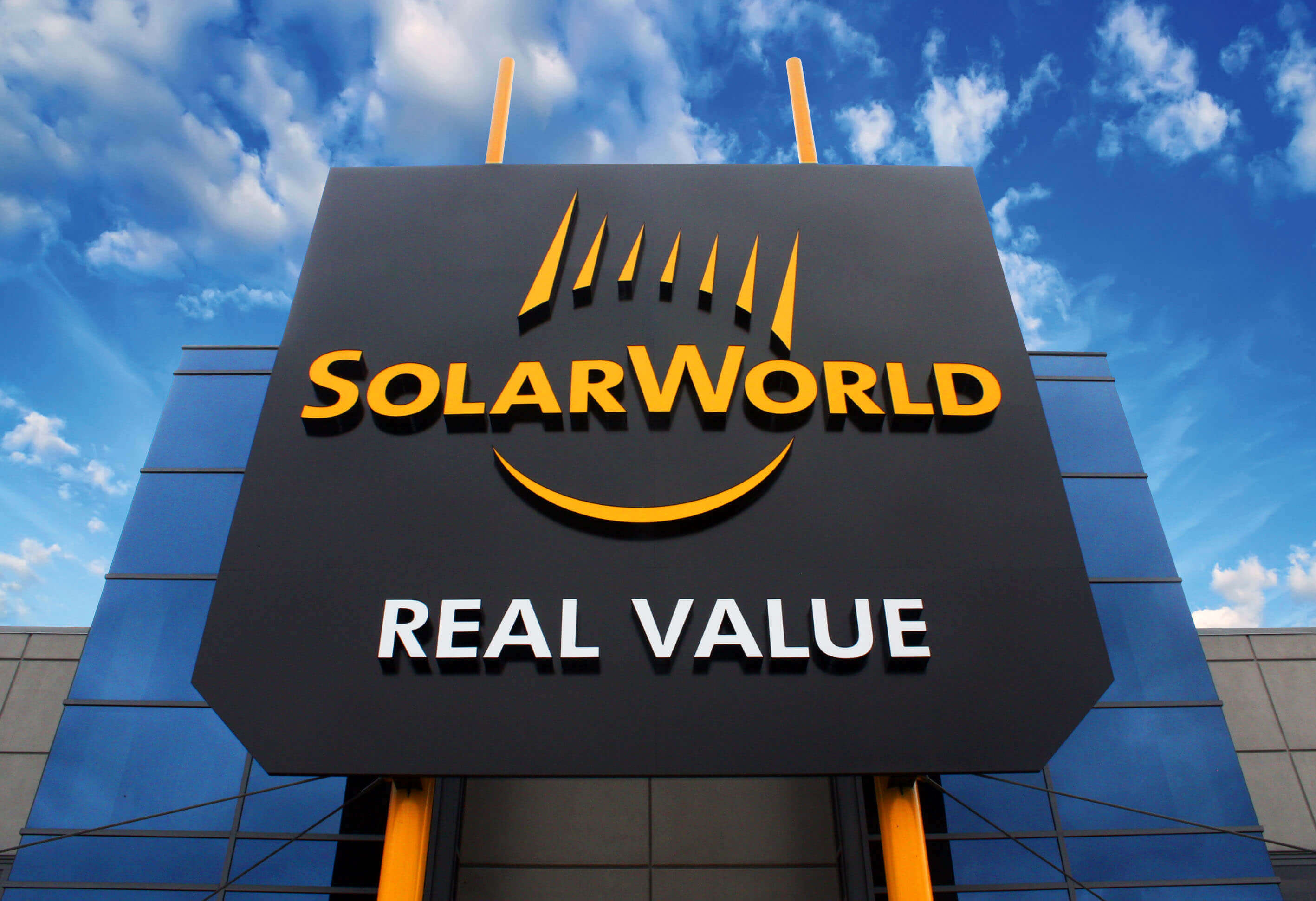 solarworld-hillsboro-oregon-1-lg SolarWorld Americas Initiates Mass Layoff, Announces Cash Infusion