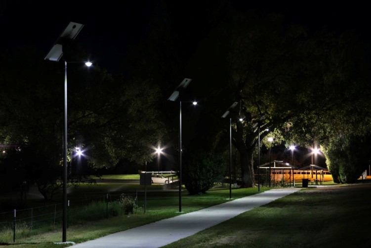 Riverside Trail Solar Pathway Lighting  Sol by Carmanah