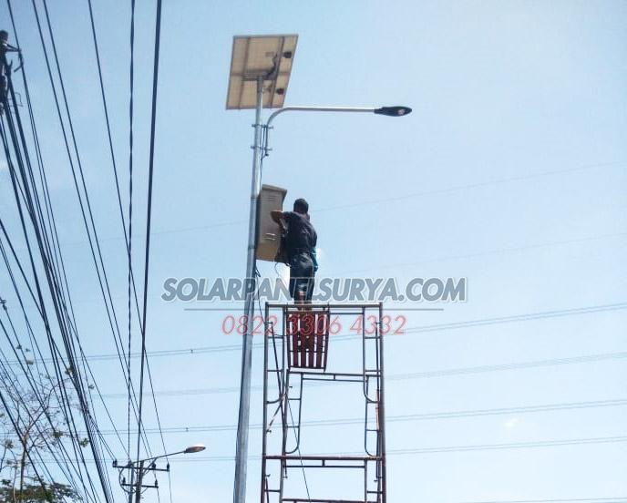 PJU Solar Cell 30 watt Lampu PJU Tenaga Surya LED 30w