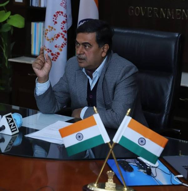 India's New and Renewable Energy Minister Will Urge Nations To Reduce Carbon Emissions at Upcoming COP26 Summit