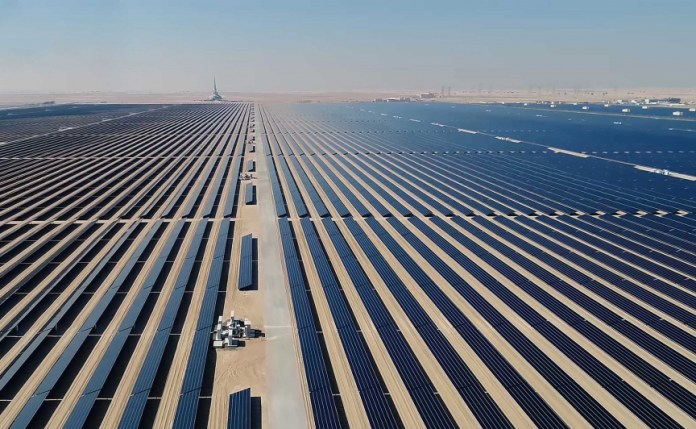 """DEWA Wins """"Renewable Deal of the Year"""" Award for Phase 5 of MBR Solar Park"""